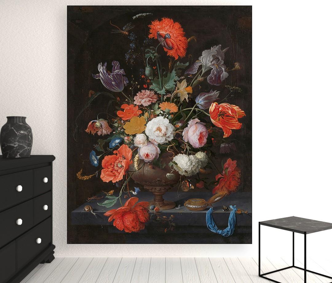 Stilleven met bloemen en een horloge van Abraham Mignon